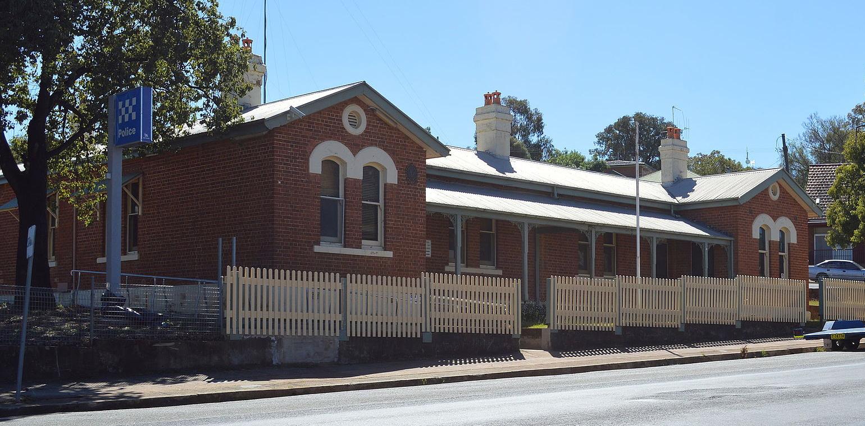 Parkes Police Station